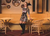 #Look: Over the knee Boots e vestido rodado