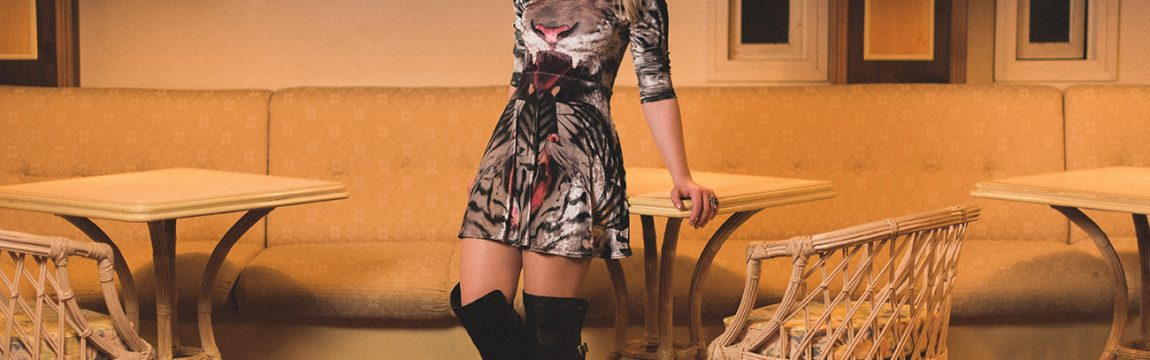 #Look: Over the knee Boots e vestido rodado